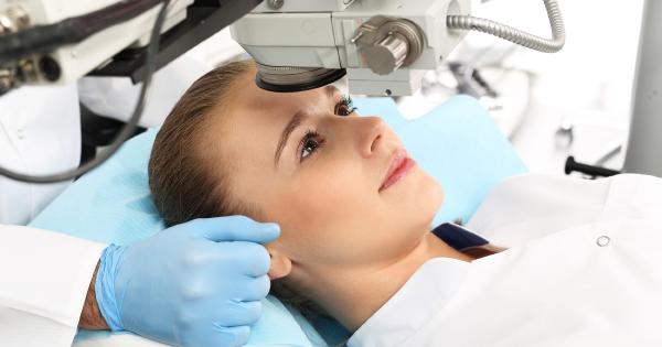 Operácia krátkozrakosti: Čo všetko treba vedieť pred samotným zákrokom
