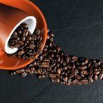 Aj pitie kávy môže mať pozitívne účinky na vaše telo